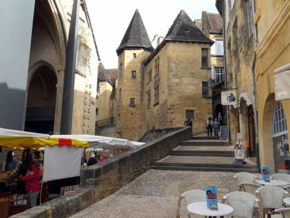 early morning in Sarlat